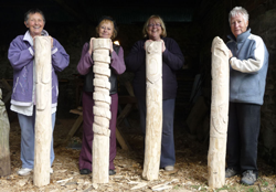 image-pole-carving-6